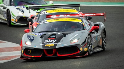 Niccolò Schirò (Rossocorsa) and Axel Sartingen (Lueg Sportivo) repeated their Race-1 performances in qualifying for the Trofeo Pirelli and Coppa Shell.