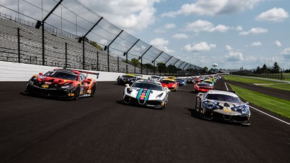 The drivers of Ferrari Racing Days enjoyed another thrill on Saturday as they took part in a unique oval-lapping session on the famed Indianapolis Motor Speedway oval layout.
