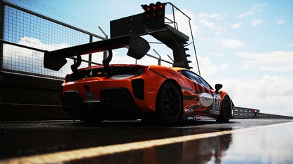 The sixth round of the GT Cup championship takes place over the weekend of 18-19 September with an intense programme at Donington Park GP, where four races are scheduled over two days.