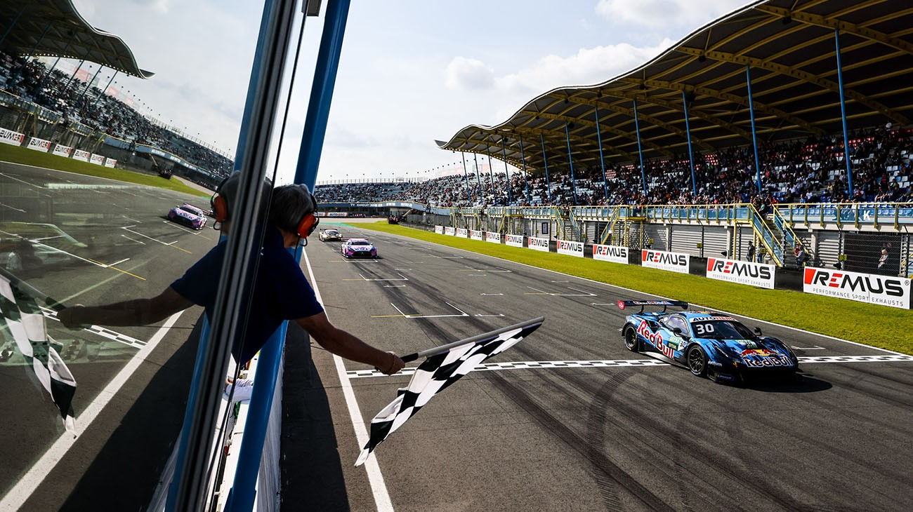 Liam Lawson moved back to the top of the overall DTM standings, courtesy of his third place in Race-1 at Assen.