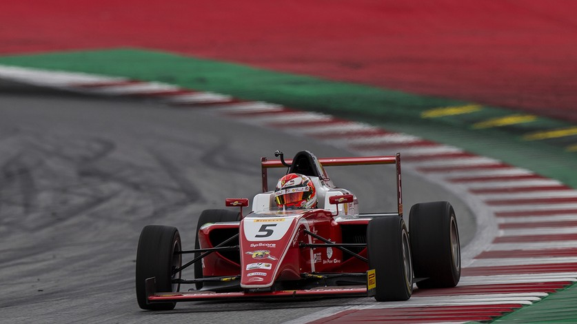 F.4 - Petecof's tough weekend in Austria