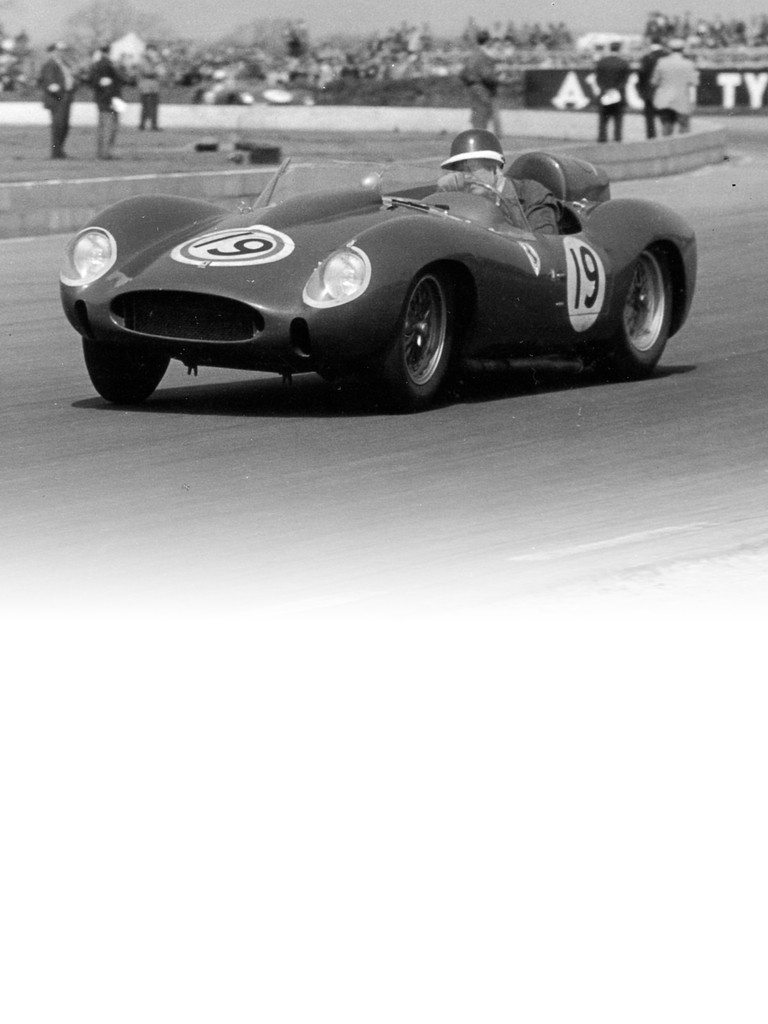 Featuring a single overhead camshaft per cylinder bank, the Ferrari 196 S was driven by Collins at Goodwood. The 296 S was also given a V6 engine,
