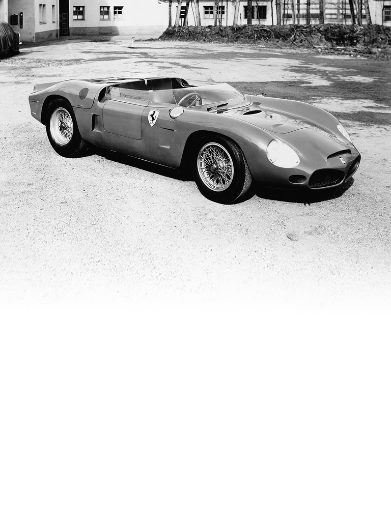 Ferrari 286 SP: This second model that debuted at the 1962 press conference is very similar indeed to the 196 SP