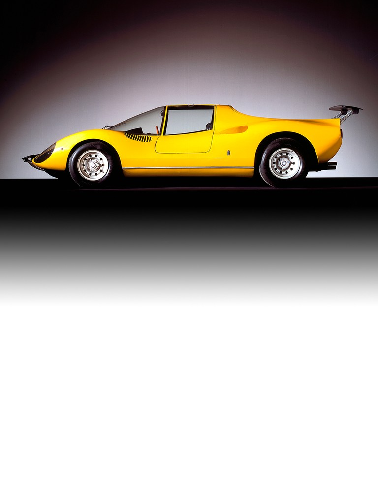 The Ferrari Dino 206 S could be described as a small-scale 330 P3.