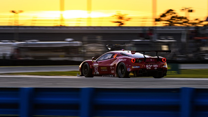 IMSA - Ferrari in trouble six hours before finish