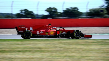 Charles Leclerc and Sebastian Vettel will start the Formula 1 70th Anniversary Grand Prix at Silverstone from the fourth and sixth rows of the grid respectively, when the race gets underway tomorrow at 14.10 local (15.10 CET.)
