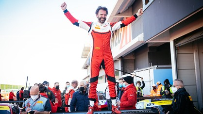 The 2020 season for Roger Grouwels (Race Art - Kroymans) has been a truly triumphal journey, which started with victory in Imola and ended with a win at the World Circuit Marco Simoncelli in Misano, allowing the driver to take the world championship title.