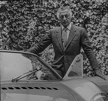 The new exibition setted in Officina at the Museo Enzo Ferrari in Modena brings together the one-off cars built by Ferrari for Gianni Agnelli and meticulously customised in close collaboration with him.